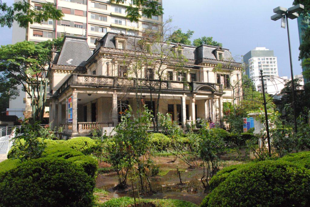 Avenida Paulista - Casa das Rosas